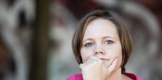 Er ømme bryster, kvalme og vægtøgning tegn på graviditet?