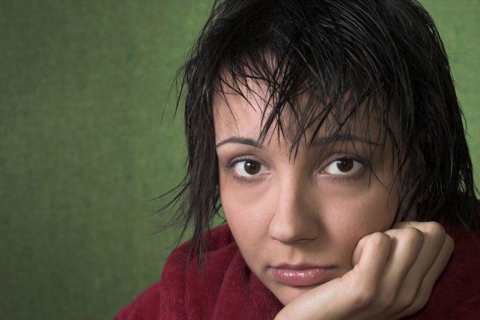 Får jeg menstruation uden at have haft ægløsning først?