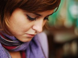 Hvis man har haft en spontan abort - kan det så ses via en graviditetstest?