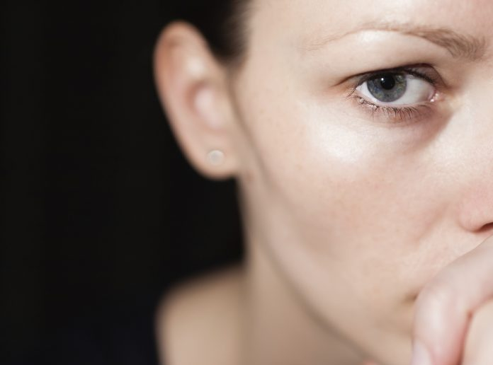 Kan en svagere menstruation sidste gang betyde at jeg er gravid?