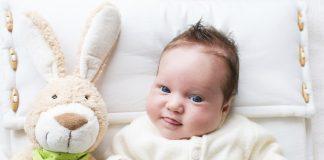 Kan jeg tage Aurum med D12 i stedet for at give mit barn D-vitamin?
