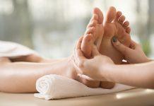 Kan zoneterapi hjælpe på vand i kroppen når man er gravid?